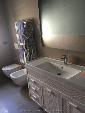 Ristrutturazione completa bagno mobili su misura rattan seregno Wedomo